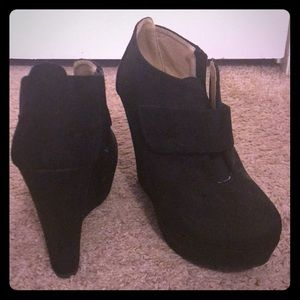 Black wedge ankle booties